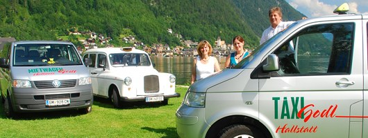 The team of Taxi Godl in Hallstatt